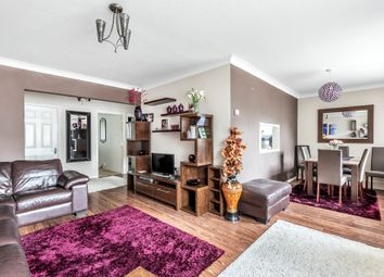 Thumbnail 2 bedroom flat for sale in Friern Park, London