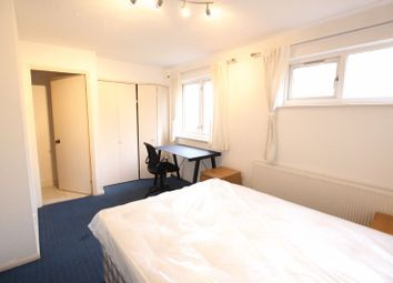 Thumbnail 6 bed property to rent in Bywater Place, London