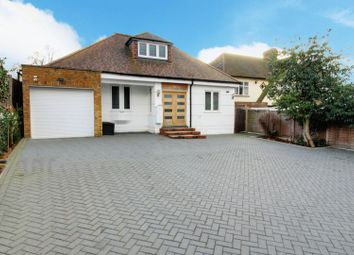 Thumbnail 4 bed detached house for sale in Cuffley Hill, Goffs Oak, Waltham Cross