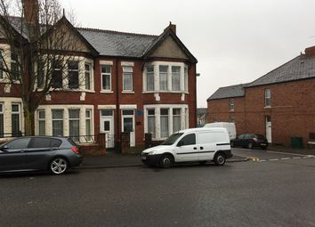 Thumbnail 2 bed flat to rent in Gladstone Road, Barry