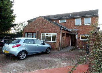 3 bed semi-detached house to rent in Henniker Gate, Chelmsford CM2