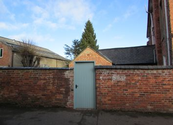 Thumbnail 1 bed flat to rent in Dashwood Road, Banbury, Oxfordshire