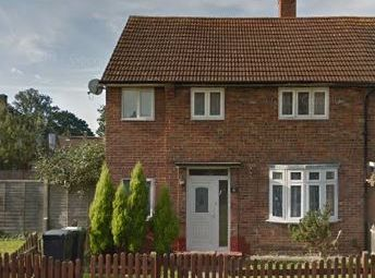Thumbnail 3 bed terraced house to rent in Audley Gardens, Loughton