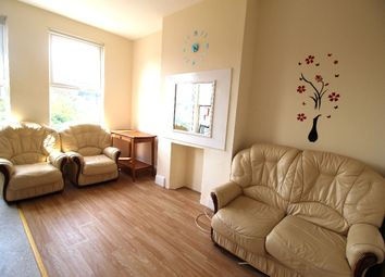 Thumbnail 1 bed flat to rent in Derby Avenue, North Finchley
