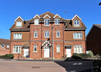 Thumbnail 1 bed flat to rent in Carina Drive, Wokingham
