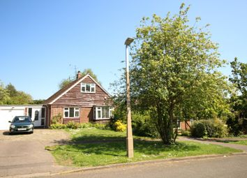 Thumbnail 3 bed detached bungalow to rent in Hillside Way, Oaklands, Welwyn