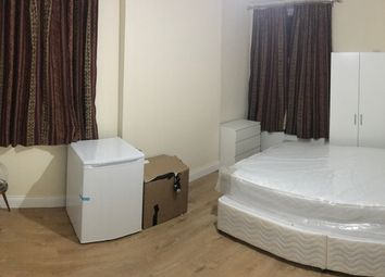 Thumbnail Room to rent in Station Road, Harrow /Harrow On The Hill