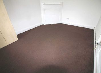 Thumbnail 4 bed flat to rent in Boston Road, London