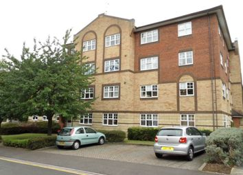 Thumbnail 2 bed flat to rent in Knights Field, Luton