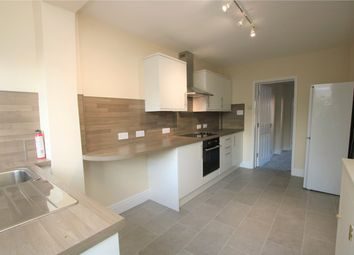 Thumbnail 1 bed flat to rent in St. Georges Terrace, Reading, Berkshire