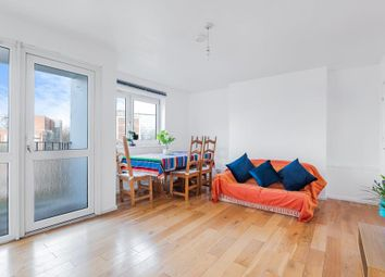 3 bed flat for sale in St. Saviours Estate, London SE1