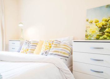 Thumbnail Room to rent in Queensway, Bayswater, Central London.