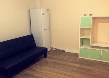 Thumbnail 1 bed flat to rent in Carlyle Avenue, Southall
