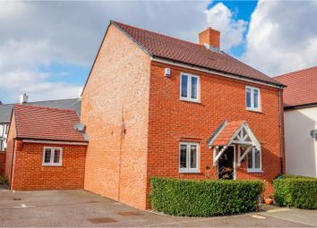 Thumbnail 3 bed detached house for sale in College Chase, Silsoe