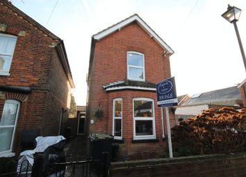 Thumbnail 3 bed detached house for sale in Mount Pleasant, Hildenborough, Tonbridge