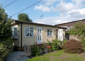 Thumbnail 1 bed mobile/park home for sale in Longcroft Drive, Waltham Cross