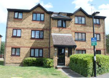 Thumbnail Studio to rent in Chaffinch Close, London