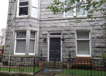 2 bed flat to rent in Albury Place, Aberdeen AB11