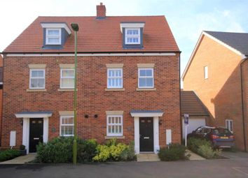 Thumbnail 3 bed semi-detached house for sale in Shearwater Road, Hemel Hempstead