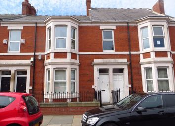 Thumbnail 4 bedroom flat to rent in Wingrove Avenue, Newcastle Upon Tyne