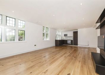 Thumbnail 2 bed flat for sale in Crescent Lane, London