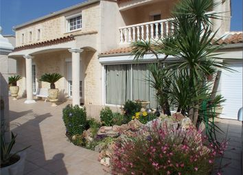 Thumbnail 3 bed villa for sale in Languedoc-Roussillon, Hérault, Sete