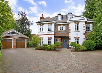 Thumbnail 6 bed detached house for sale in Sandelswood Gardens, Beaconsfield