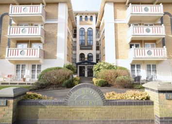 Thumbnail 2 bed flat to rent in Eaton Gardens, Hove