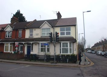 Thumbnail 2 bed property to rent in Willow Lane, Watford, Hertfordshire
