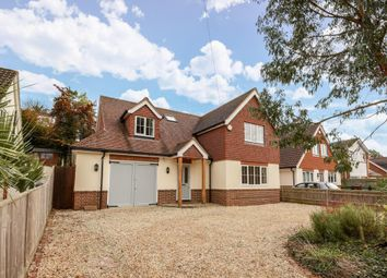 Thumbnail 4 bedroom detached house to rent in Peppard Common, Oxfordshire