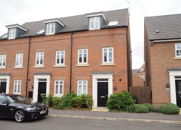 Thumbnail 4 bed town house for sale in Hunters Road, Fernwood, Newark
