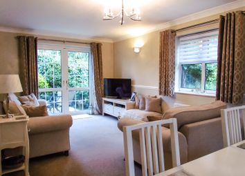 Thumbnail 2 bed flat for sale in Gilbert Road, Romford