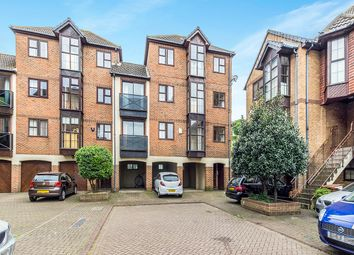 1 bed flat for sale in Hathaway Court
