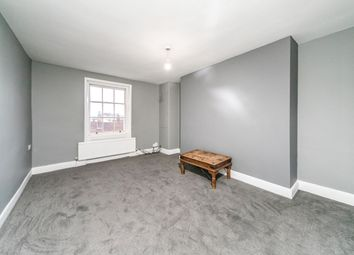 3 bed flat to rent in Southampton Street, Reading RG1