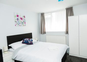 Thumbnail 4 bed property to rent in Knockhall Road, Greenhithe, Kent