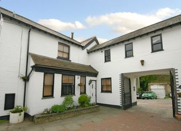 Thumbnail 2 bed mews house to rent in Susan Wood, Chislehurst
