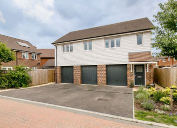 Thumbnail 2 bed mews house for sale in Banks Close, Horley