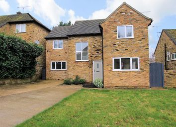 Thumbnail Detached house for sale in Saint James Close, Pangbourne, Reading