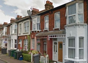 Thumbnail 2 bed flat to rent in DSS Welcome - Grange Avenue, North Finchley, 8