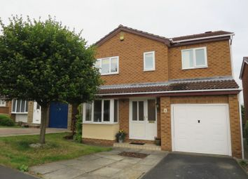 Thumbnail 4 bedroom detached house to rent in Longwood Vale, Tingley, Wakefield