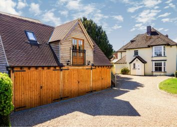 6 bed detached house for sale in Lechlade Road, Faringdon SN7