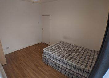 Room to rent in Bathurst Gardens, Kensal Green NW10