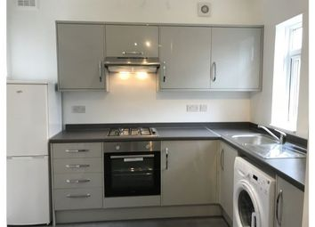 4 bed flat to rent in Carnarvon Road, London E15