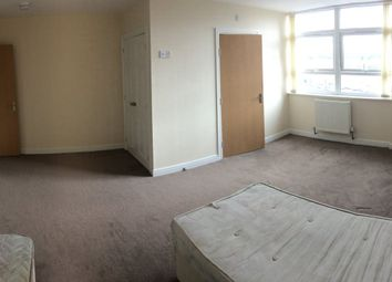 Thumbnail 4 bed flat to rent in Northgate, Wakefield