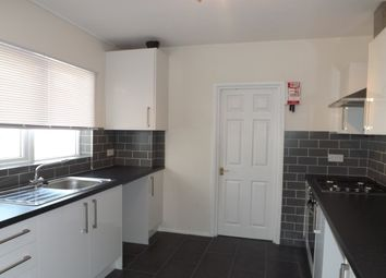 Thumbnail 2 bed flat to rent in West Hill Road, Mutley, Plymouth