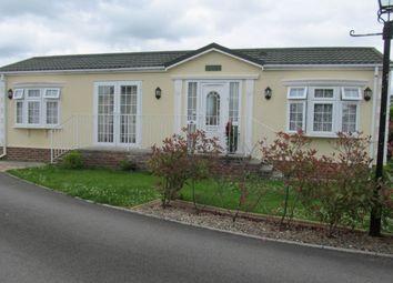 Thumbnail 2 bed mobile/park home for sale in Cudworth Park (Ref 5336), Newdigate, Dorking, Surrey