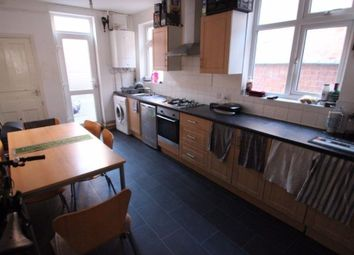 Thumbnail 5 bed property to rent in Beckingham Road, Leicester