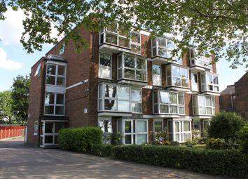 Thumbnail Flat to rent in Hollybush Hill, London