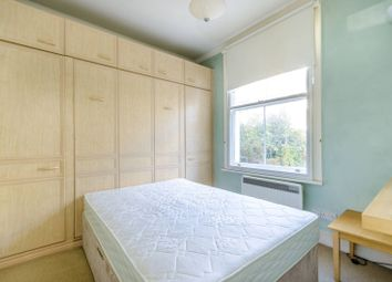 Thumbnail 1 bed flat for sale in Linden Gardens, Chiswick