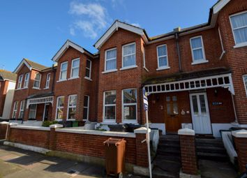 2 bed flat to rent in Mayfield Place, Eastbourne BN22